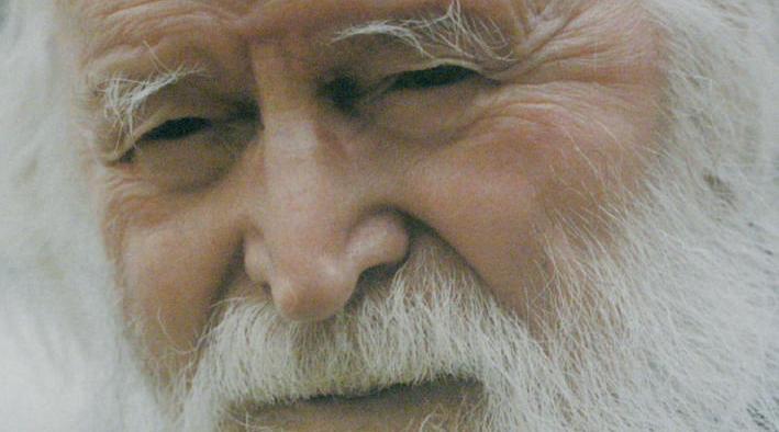 părintele protosinghel Teofan Popescu, de la Catedrala Mitropolitană din Iaşi